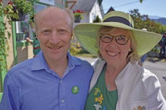 Green Party candidates Ken Melamed and Elizabeth May. Photo by Rik Jespersen, The Local Weekly